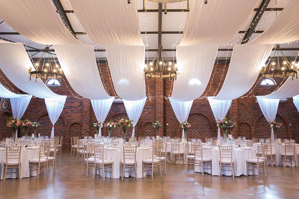 Allesverloren wine estate wedding